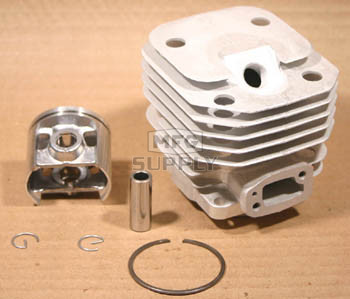 44229 - Husqvarna 61 Cylinder & Piston Assembly.