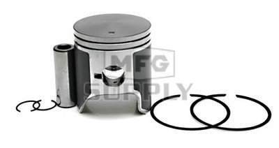 09-729 - OEM Style Piston assembly for 96-98 Polaris 600 triple.