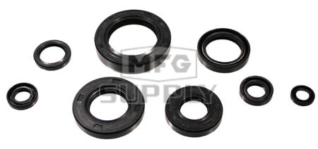822147 - Honda ATV 2 cycle Oil Seal Set